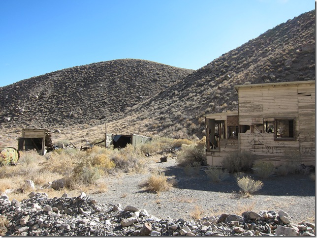 deathvalleyhouse